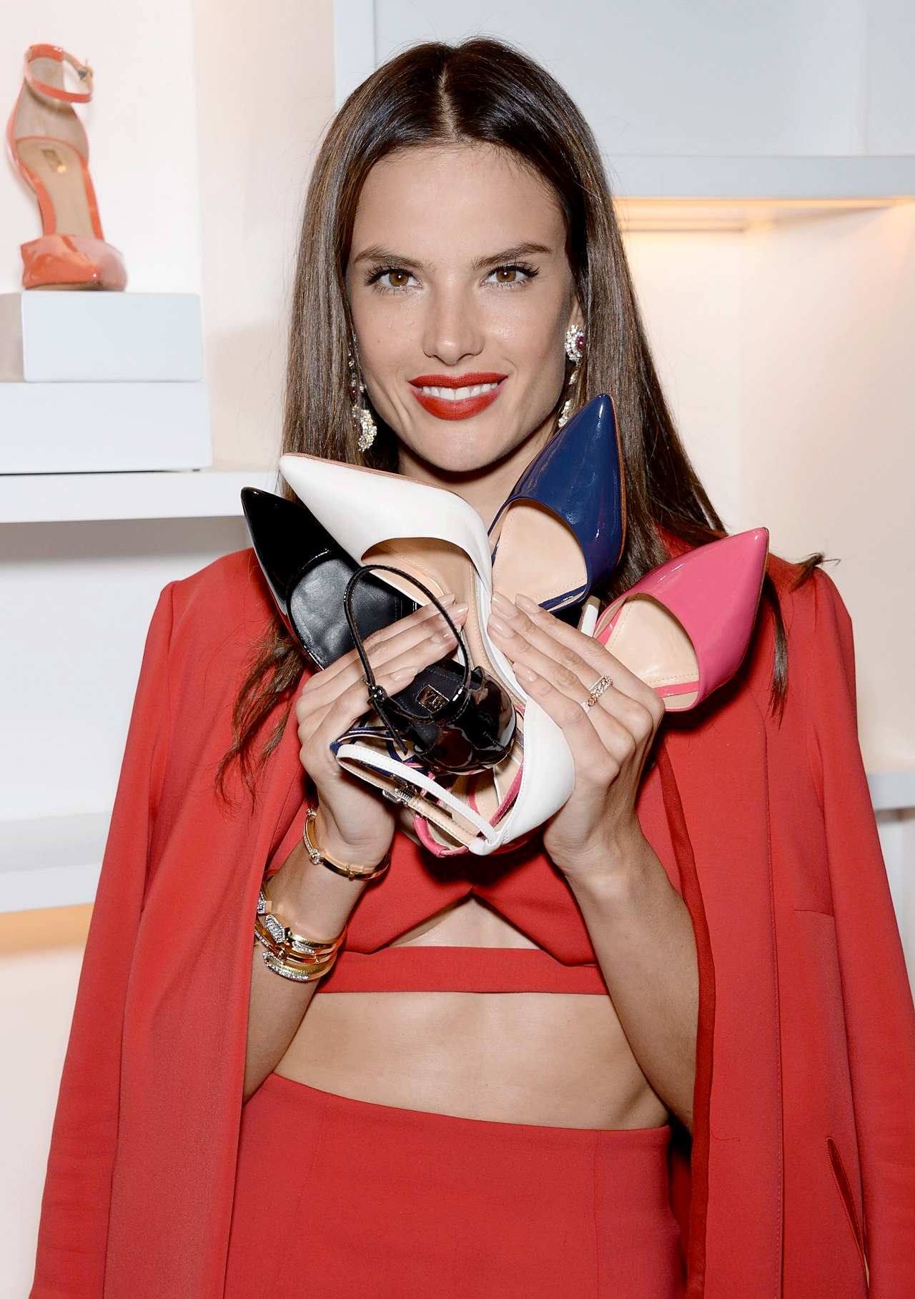 alessandra-ambrosio-schutz-summer-2014-collection-launch-nyc-april-2014_1.