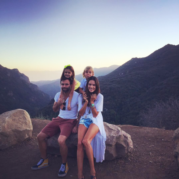 alessandra-ambrosio-family-hiking.png