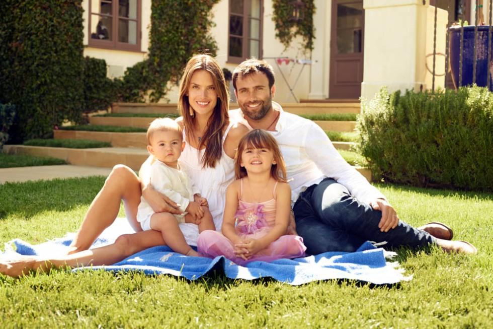 alessandra-ambrosio-family