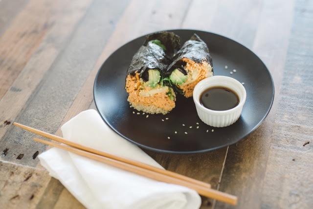 recipe-Spicy Salmon Nori Wrap-04